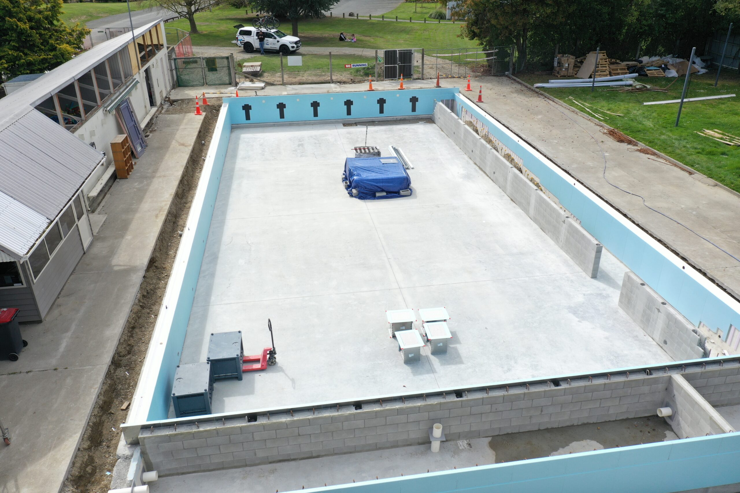 Pool lined with PVC membrane